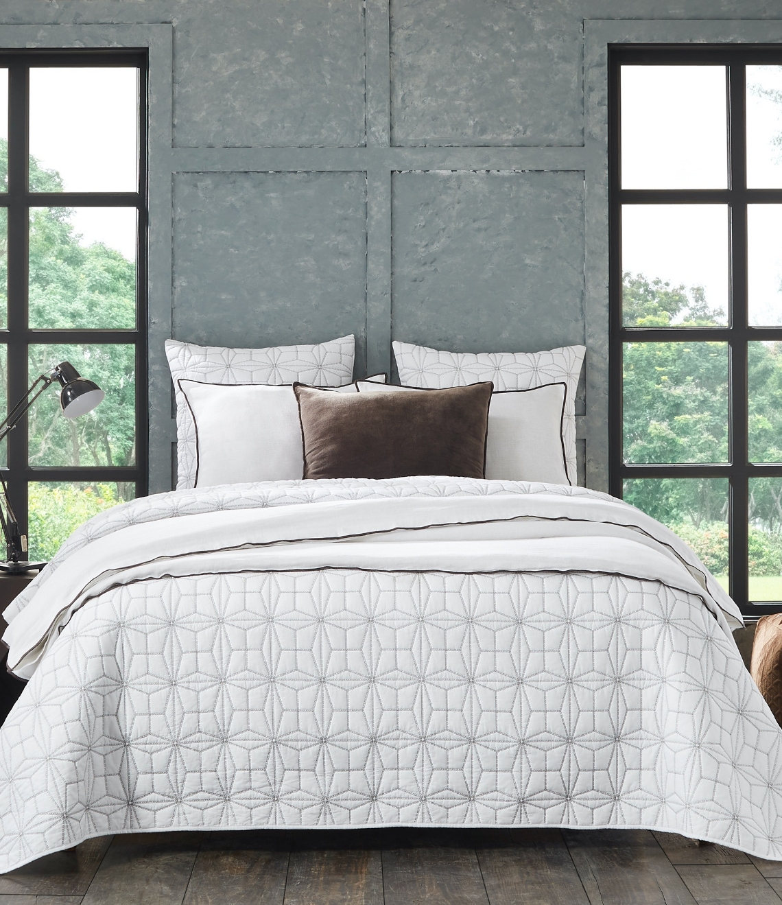 Victoria & Tyne bed by Amity Home