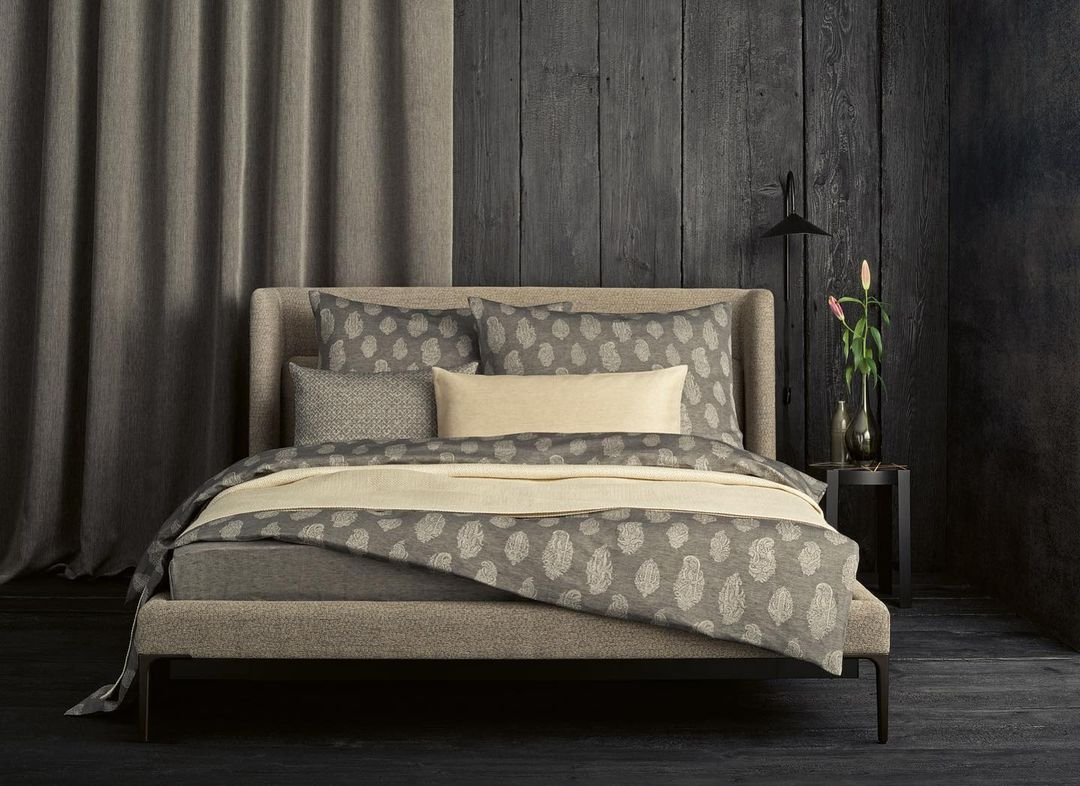Yara duvet & shams by Leitner